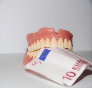 Zahnzusatzversicherung für den Schadensfall in Bremen